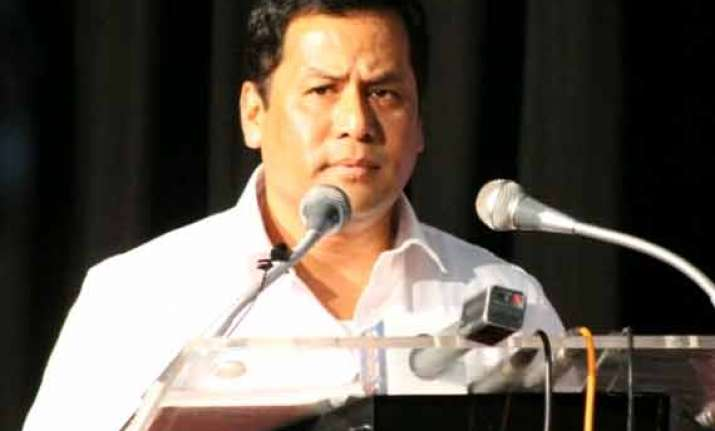 sonowal blames gogoi for not availing budget benefits