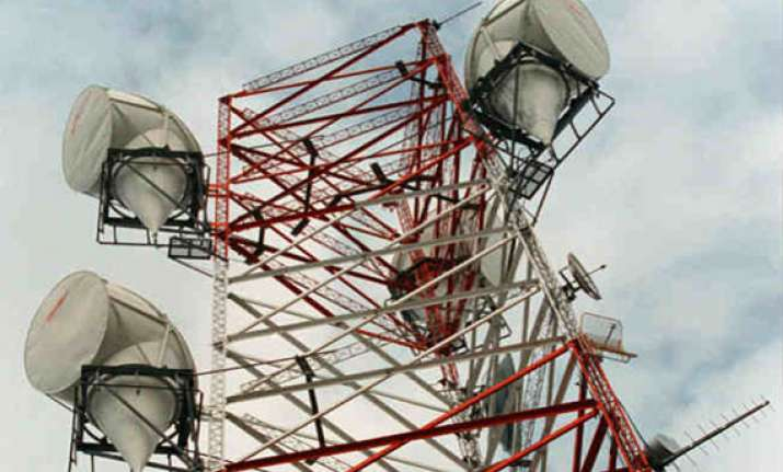 spectrum bids reach rs 58 332 cr after 49 rounds of auction