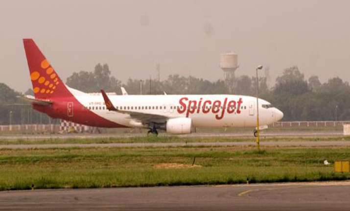spicejet in talks with overseas investors for fund infusion