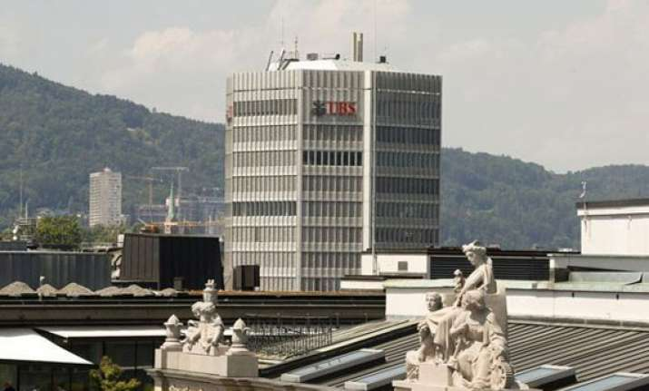 switzerland to automatically share tax info with foreign