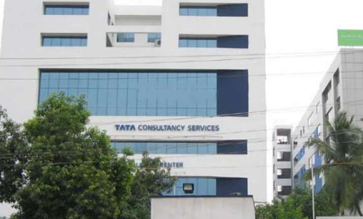 tcs is the fastest growing it services brand