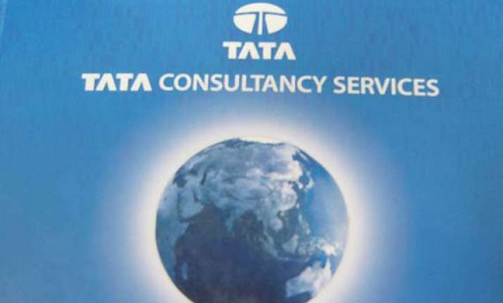 tcs posts 26.7 pc growth in q1 at rs 2 415 cr