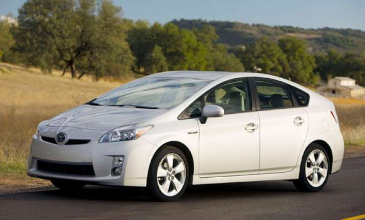 toyota to recall 167 units of hybrid prius in india