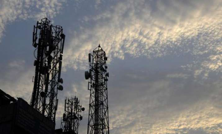 vodafone airtel win spectrum govt gets rs 61 162 cr
