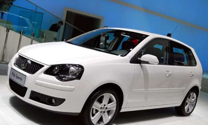 volkswagen launches polo sporty variant priced at rs 6.27