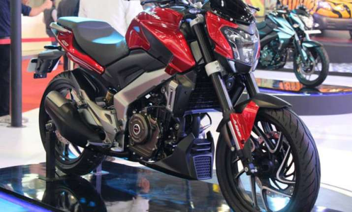 auto expo 2014 bajaj unveils pulsar cs400 bike