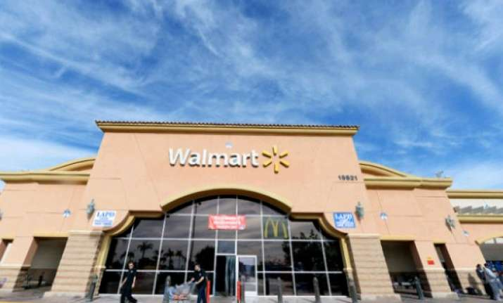 wal mart starts virtual wholesale stores in hyderabad