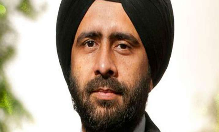 yahoo india appoints gurmit singh as md