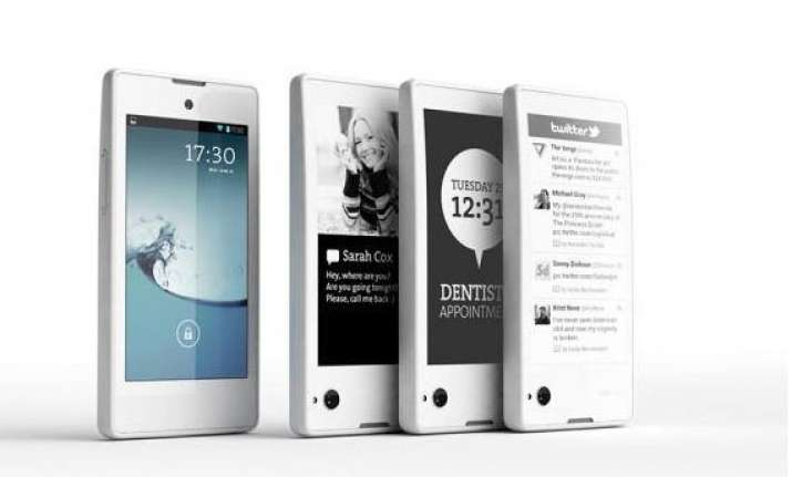 yotaphone 2 dual screen smartphone to be unveiled at mwc