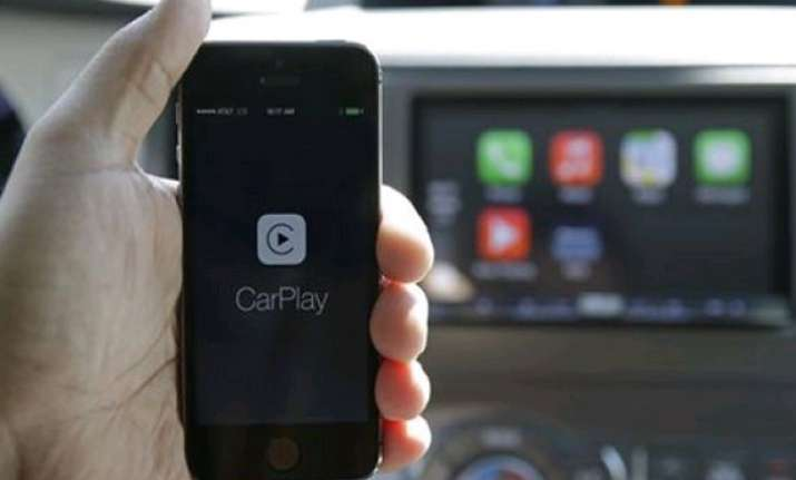 review apple s carplay headed in right direction