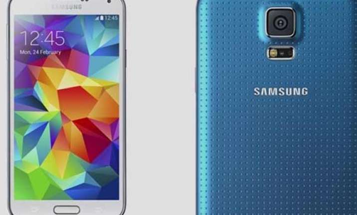 17 things that samsung galaxy s5 can do but the iphone 5s