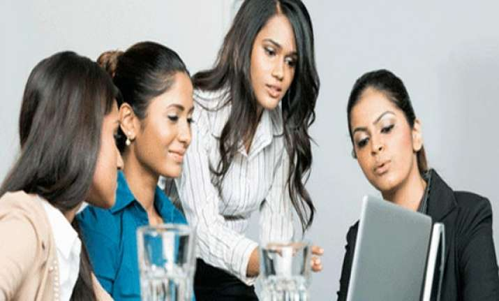 60 women drop career mid way experts