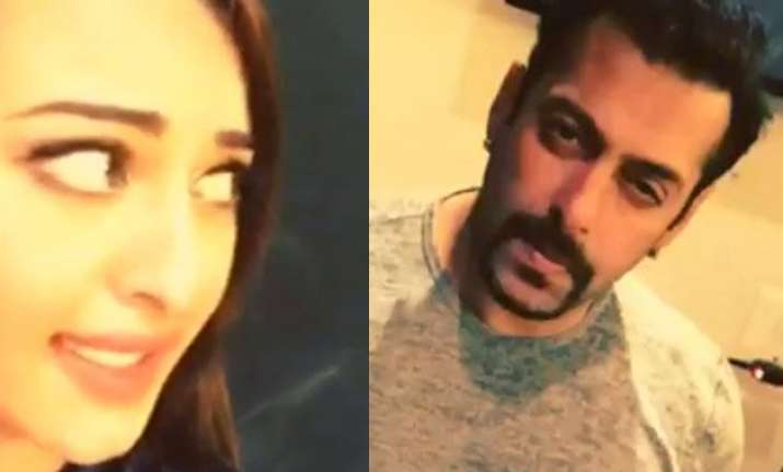 salman s dubsmash debut is awesome