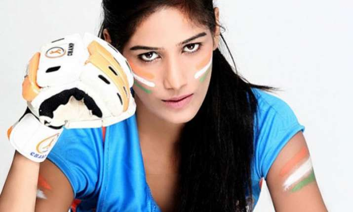 india beats south africa as poonampandeykobulao trends on