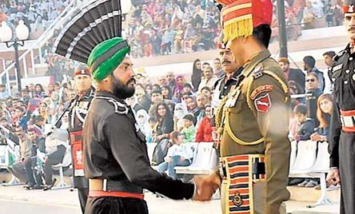 video pak sikh ranger participates in beating retreat at