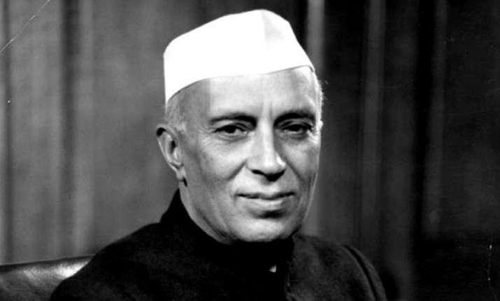10 rare photos of pt. jawaharlal nehru