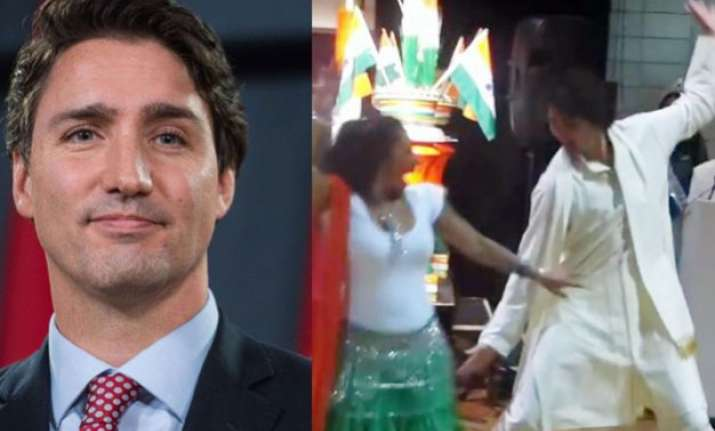 watch video canadian pm dances to bhangra beats wins indian