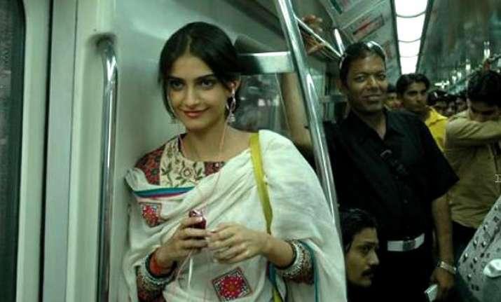8 women only to be found in delhi metro