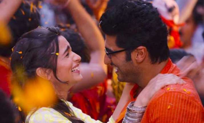 alia arjun s 2 states crosses rs 100 cr mark earns rs 100.7