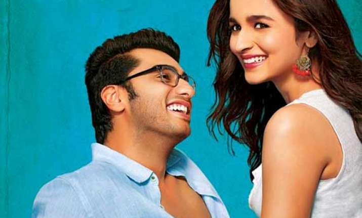 2 states box office collection earns 12.42 cr on day 1