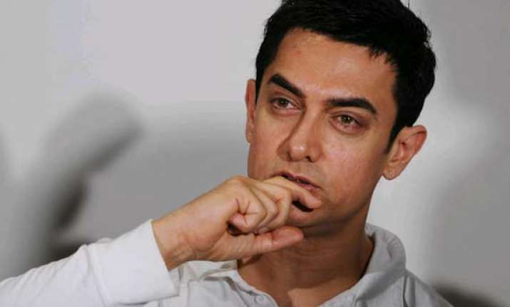 aamir khan files fir about a defamatory campaign against