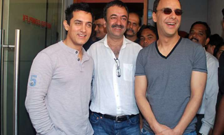 aamir hirani and vidhu vinod chopra to team up again