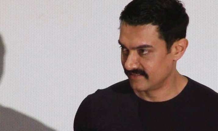 aamir would like to write autobiography