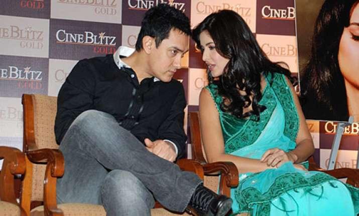 aamir delays dhoom 3 schedule so that katrina can enjoy xmas