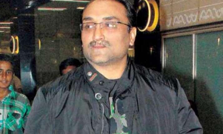 aditya chopra looking for unique dhoom 3 marketing strategy