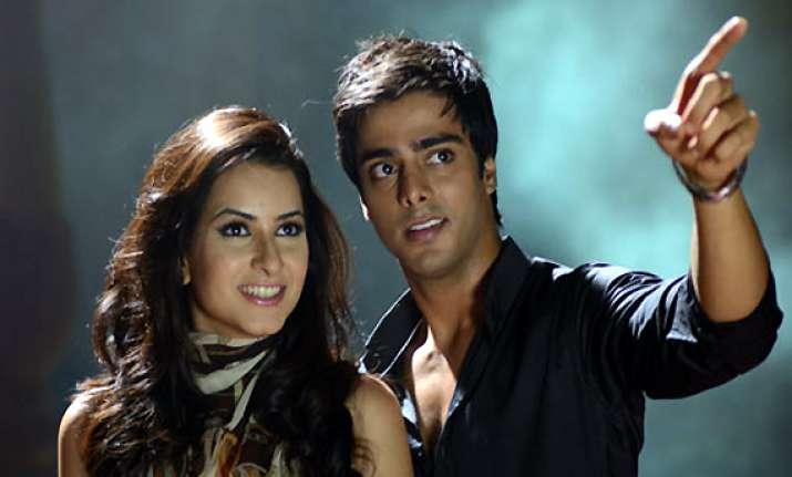 after comedy amrit sagar to make suspense thriller