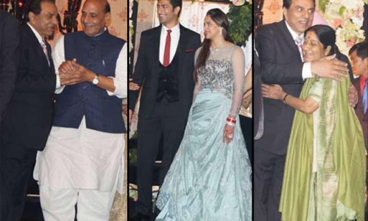 ahana deol s delhi reception politicians make a beeline at