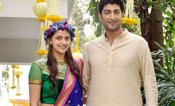 ahana deol fulfils mother s wish of big fat punjabi wedding