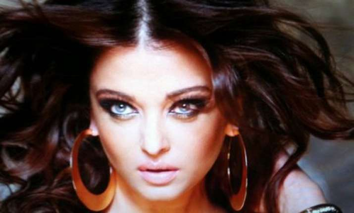 aishwarya rai bachchan returns heroine fee