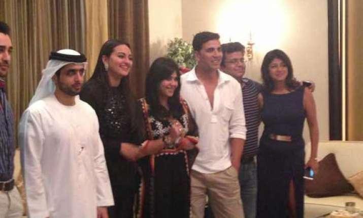akshay sonakshi imran ekta dine with dubai s royal prince