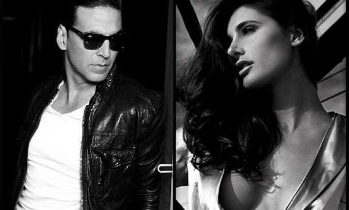 akshay kumar miffed with nargis fakhri dropped from