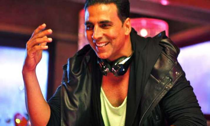akshay kumar appeals to save country s heritage sites
