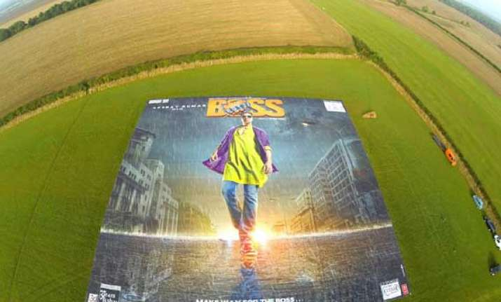 akshay to unveil record breaking poster of boss in mumbai