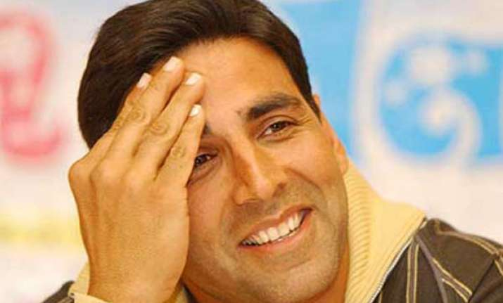 akshay urges corporates to support budding sports talent
