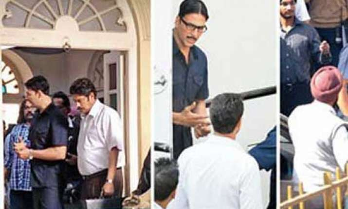 akshay kumar gets innovative for special chabbis