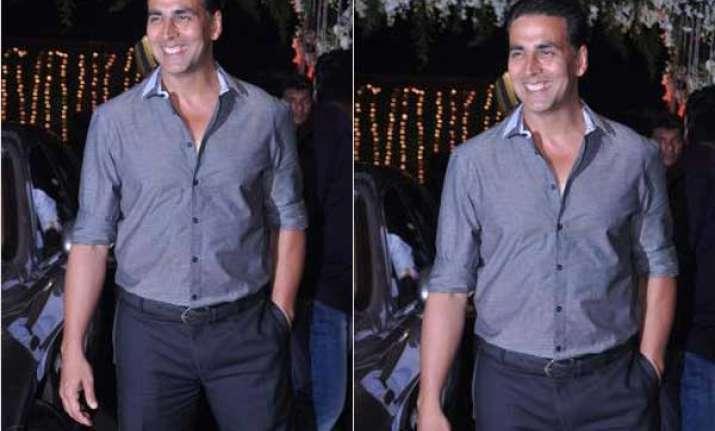 akshay kumar to star in ramana remake