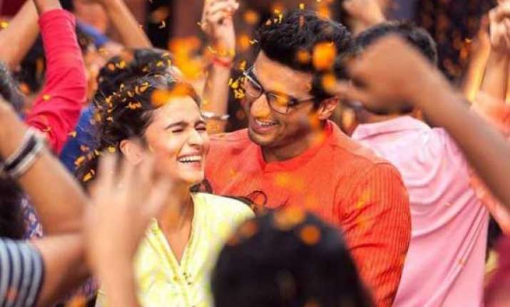 alia arjun s 2 states box office collection rs 102.13 cr in