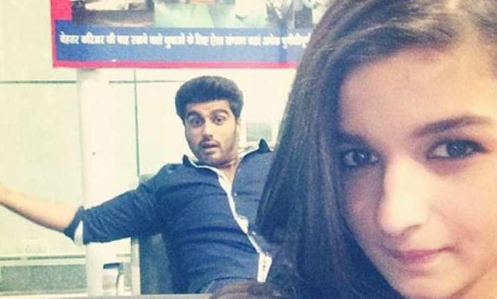 alia bhatt posts another selfie with arjun kapoor view pics