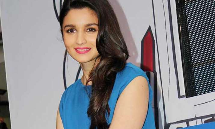 alia bhatt prefers to be thick skinned in film industry