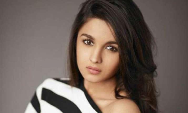 alia bhatt wants to work with rohit shetty
