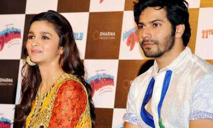 alia and varun unveil trailer of humpty sharma ki dulhania