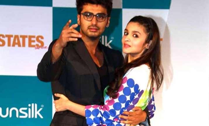 alia bhatt doesn t trust arjun kapoor wants a loyal man