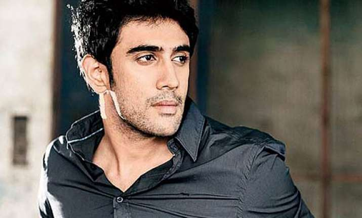 amit sadh recovering learns to walk again