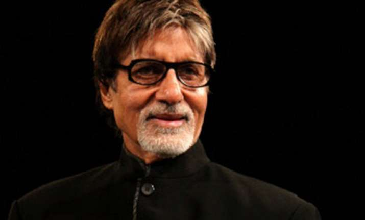amitabh bachchan to undergo another operation
