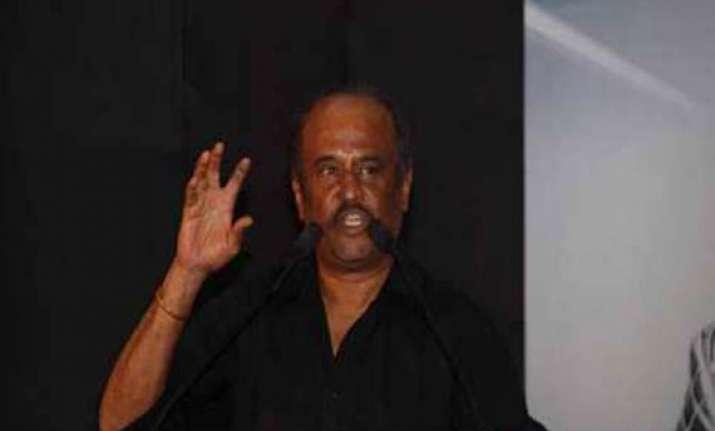 anna movement is a bloodless revolution says rajinikanth