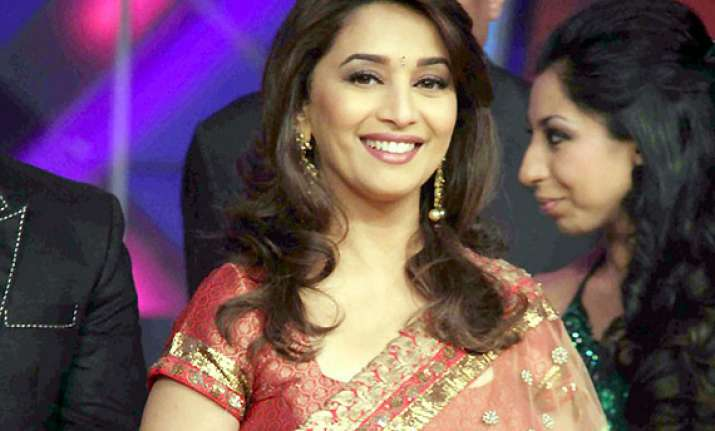 another kind gesture by madhuri dixit